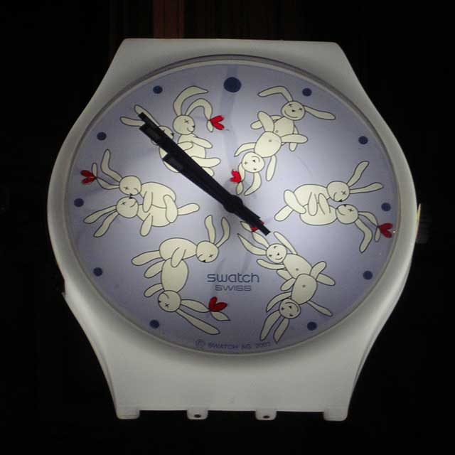 Swatch на Champs Elysees